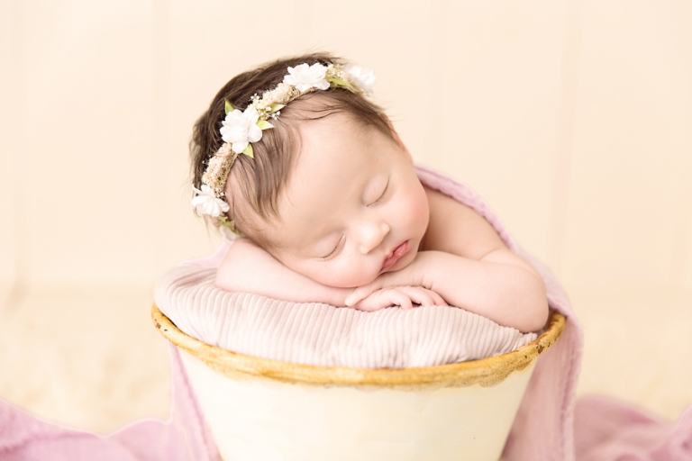 Newborn Photographer Akron