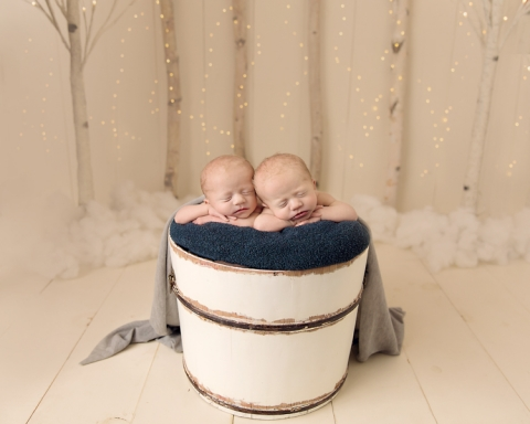 Cleveland Newborn Twin Photographer